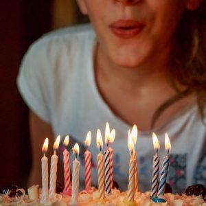 שיר בהזמנה ליום הולדת